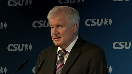 Germany: 'None of us is happy' - CSU's Seehofer reacts to Bavaria election blow