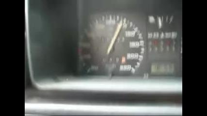 каква е максималната скорост на Golf 2 ??