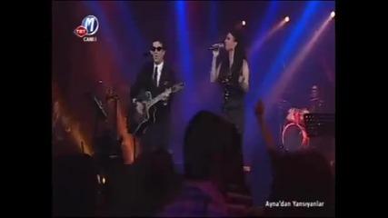 + Превод ~ Софи срази турците с гласa cи и страхотна балада ! / Част от промоцията за Евровизия /
