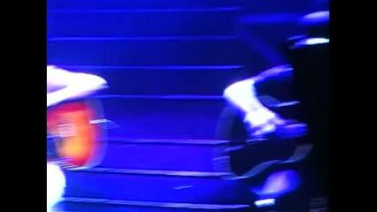 Джъстин пее I'll Be в Джакарта,индонезия! 23.02.2011