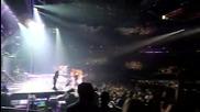 Бодигарда на Бритни С. танцува с нея на песента и !