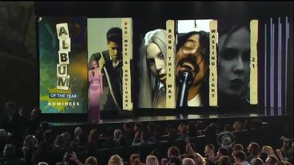 Katy Perry обявява кои са номинирани в категорията Албум На Годината за награди Грами 2012