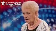 80 годишната Janey Cutler вдигна цялата публика и журито на крака Britains Got Talent 2010