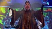 "Баба Яга изпълнява ""'O sole mio"" на Luciano Pavarotti | ""Маскираният певец"""