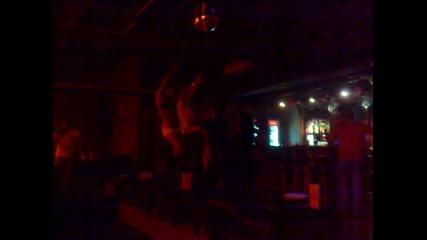 helenas bar