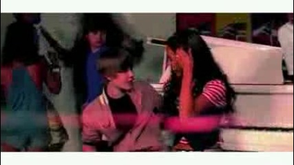 Justin Bieber - Eenie Meenie Official Video