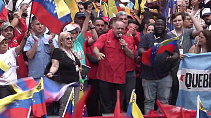 Venezuela: Maduro supporters flood the streets of Caracas