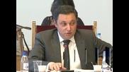 ДПС и БСП смятат, че Яне Янев услугва на Кунева