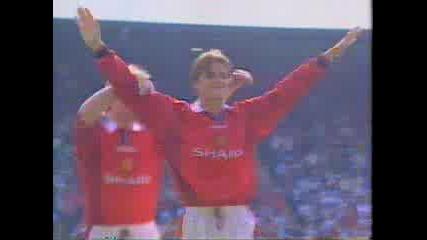 David Beckham - Great Goal From Half