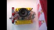 Ръчно Изработен Робот!!!(много Яко)
