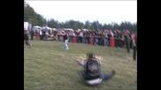 Рокер събор - Хасково 2010 - игра - дърпане на въже - част 1