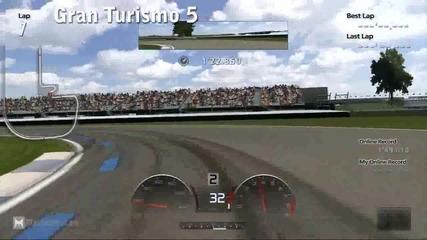 Gran Turismo 5 Vs. Forza Motorsport 3 (gameplay)