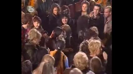Kичка Бодурова - Пея за всички приятели