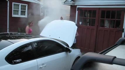 Откачена шега с димка под кола! (смях) :d