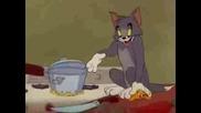 Tom And Jerry Том иска златна рибака пародия