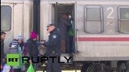 Serbia: Belgrade and Zagreb unite to put on trains for refugees