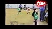Messi още от дете показва класа !!! Това трябва да се види