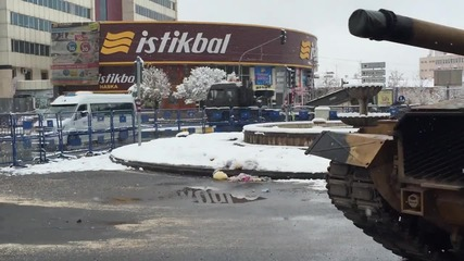 Turkey: Tank deployed in Diyarbakir as Turkey steps up fight against PKK