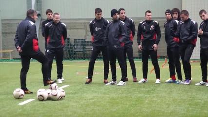 Димитър Пенев пропусна част от последната тренировка на ЦСКА в България