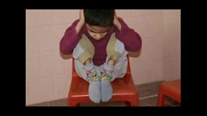 България 2007 Година- Забравените деца. Замисли се!!!!!
