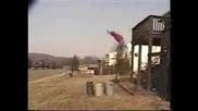 Скок от балкона в кофа за буклук