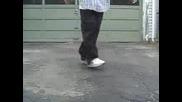 Научи Се Да Танцуваш , Рапер ! Crip Walk.