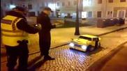 Полицаи се кефят на Transformers