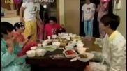 Youtube - Ze:a mini food fight @ Their Dorm