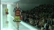fashiontv - Ruffles 2 Trends Springsummer 2011 - fashiontv Ftv.com