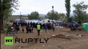 Македония:Бежанци се стичат към Сръбската граница на път за Унгария