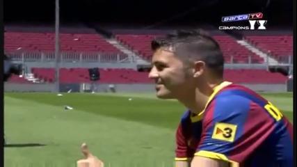 Представянето на Давид Вия като футболист на Барселона * Високо Качество *