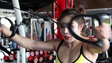 Bodybuilding doctor dubbed real life 'Chun-Li' as her ripped physique goes viral