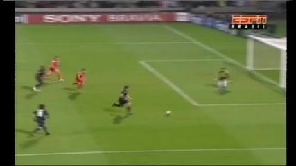 Lyon 1 - 0 Fiorentina * Pjanic goal