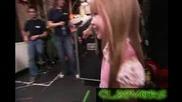 Невероятно 6 Годишно Дете Пее Изумително