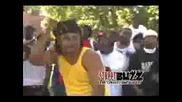 Bloods Vs Crips Hood Fight Throw Your Hood