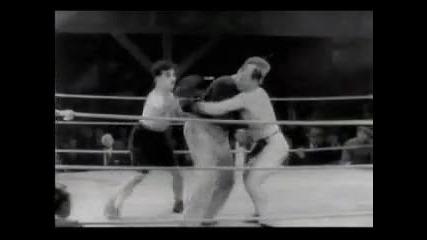 Чарли Чаплин боксьор