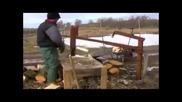 Вижте още едно изобретение за цепене на дърва!