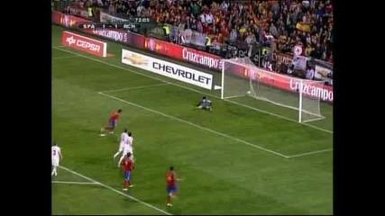 Давид Вия с 2 гола за историята при победата над Чехия