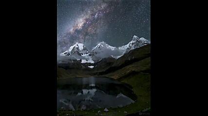 Млечният път наблюдаван от лагуната Кархуакоча, Перу