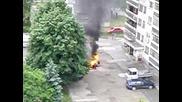 Кола изгоря пред блок в Русе