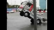 шофьорски умения с камион!
