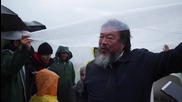 Greece: Refugee pianist plays for Ai Weiwei in Idomeni camp