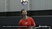 Рафаел Надал показва футболните си умения