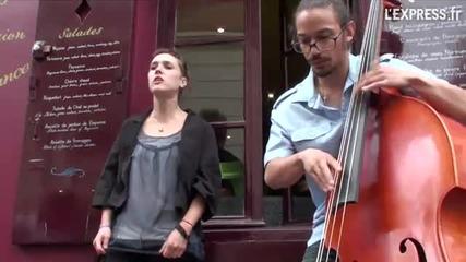 Zaz - Montmartre, Paris - Les Passants
