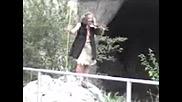 Пещерен Човек С Gsm.3gp