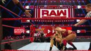 Becky Lynch & Charlotte Flair vs. Natalya & Trish Stratus: Raw, Aug. 5, 2019 (Full Match)