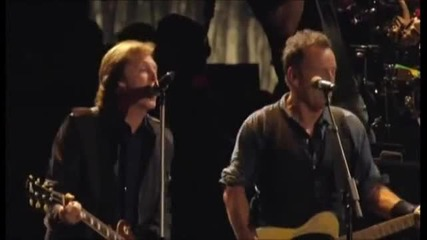 Bruce Springsteen & The E Street Band With Paul Mccartney - Twist And Shout