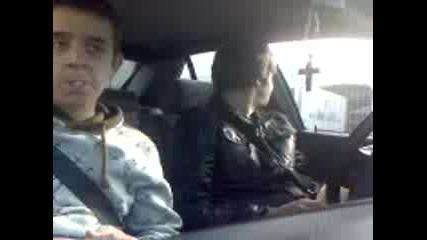 Простаци в кола