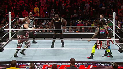 Usos & Dudley Boyz vs. New Day & Mark Henry – Tables Match: Raw, Feb. 8, 2016 (Full Match)
