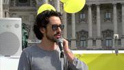Austria: Pro-Van der Bellen presidential RAVE party and demo held in Vienna